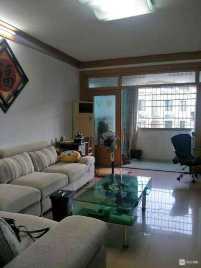 出售恒业家园4楼,109平方,3室2厅2卫,车棚2个共26.99平方,,精装修,一口价83.8万。