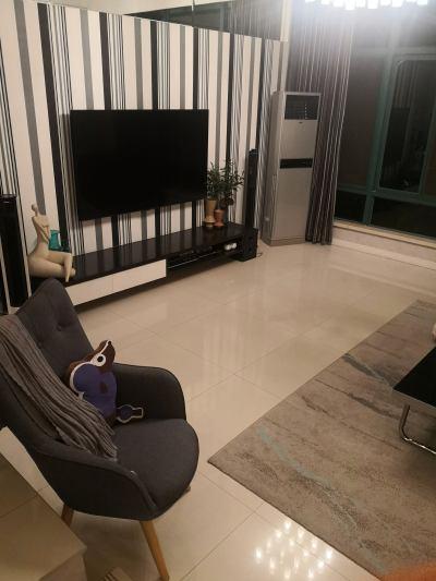 万都豪庭1+2复式246平方精装修带车库车棚花园300平300万