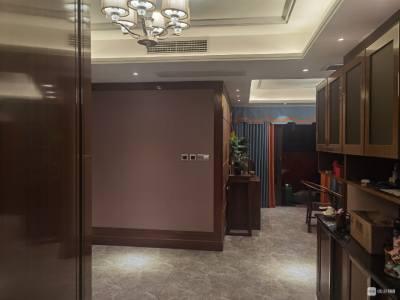 出售恒大越府洋房6楼,118平方,3室2厅2卫,精装修,160万净,一次性付款,